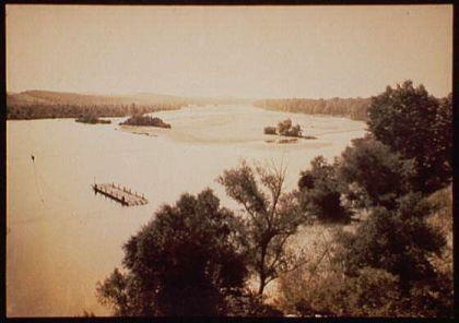 Wisconsin River near> Merrimac, Wis